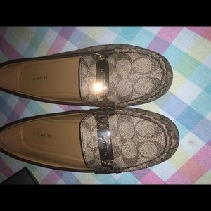 1 pair of Coach loafers. Size 7. Only worn once!!